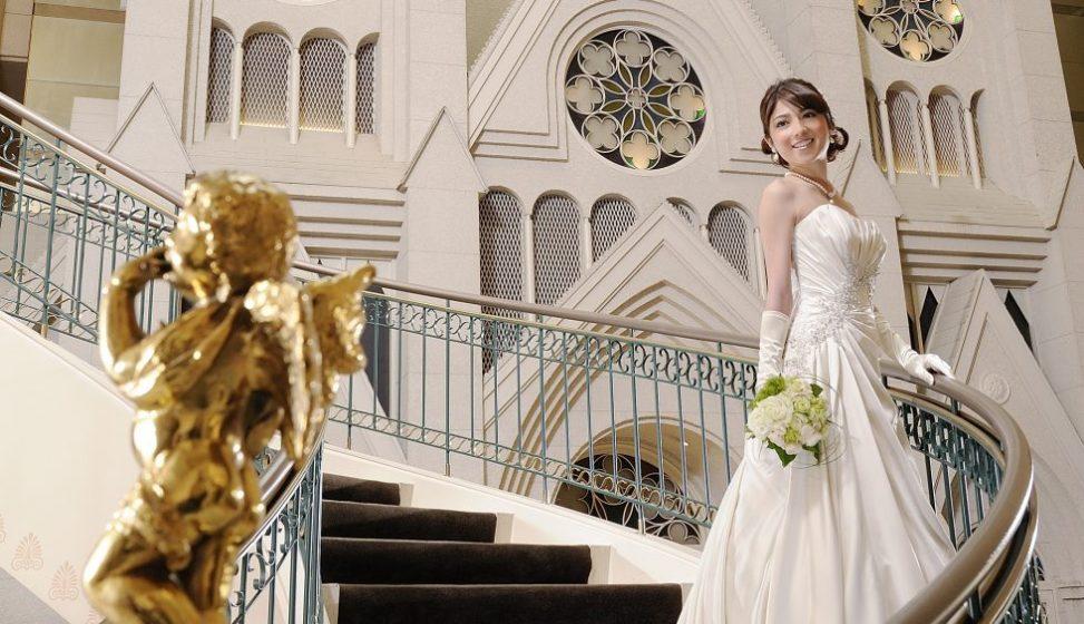 札幌の人気結婚式場|ホテルエミシア札幌|b