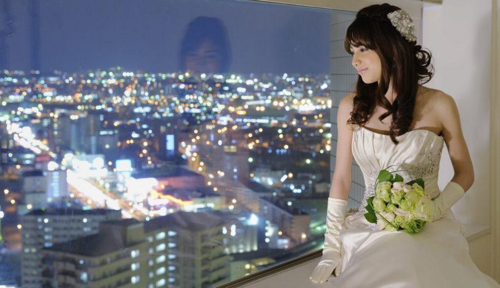 札幌の人気結婚式場|ホテルエミシア札幌|i
