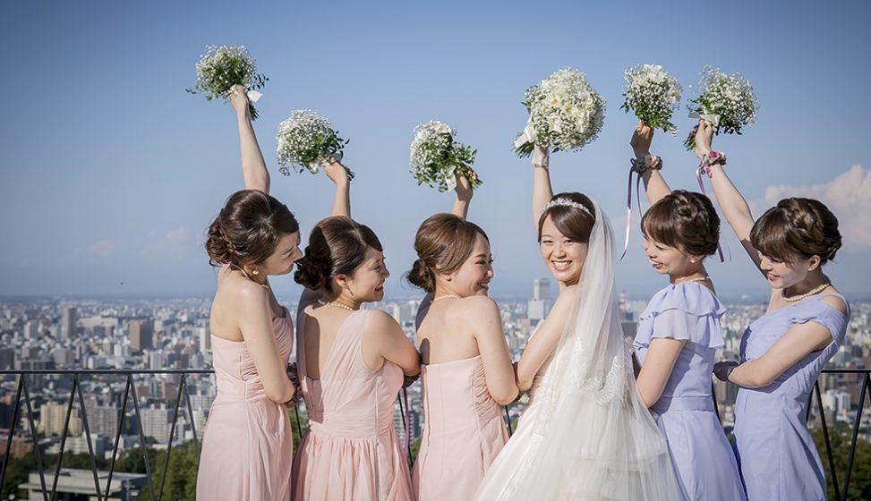 札幌の人気結婚式場|ローズガーデンクライスト教会|E