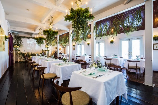 レストランの結婚式