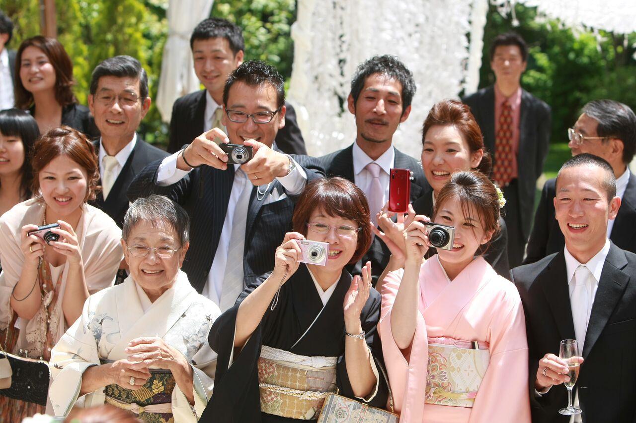 結婚式の参列ゲスト