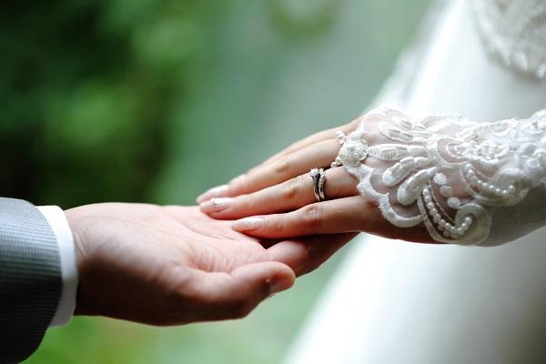 花嫁|指輪|挙式