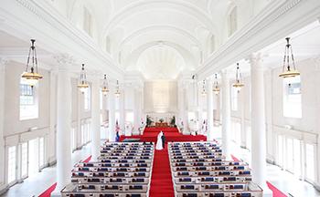 人気リゾート結婚式 セントラルユニオン大聖堂 L