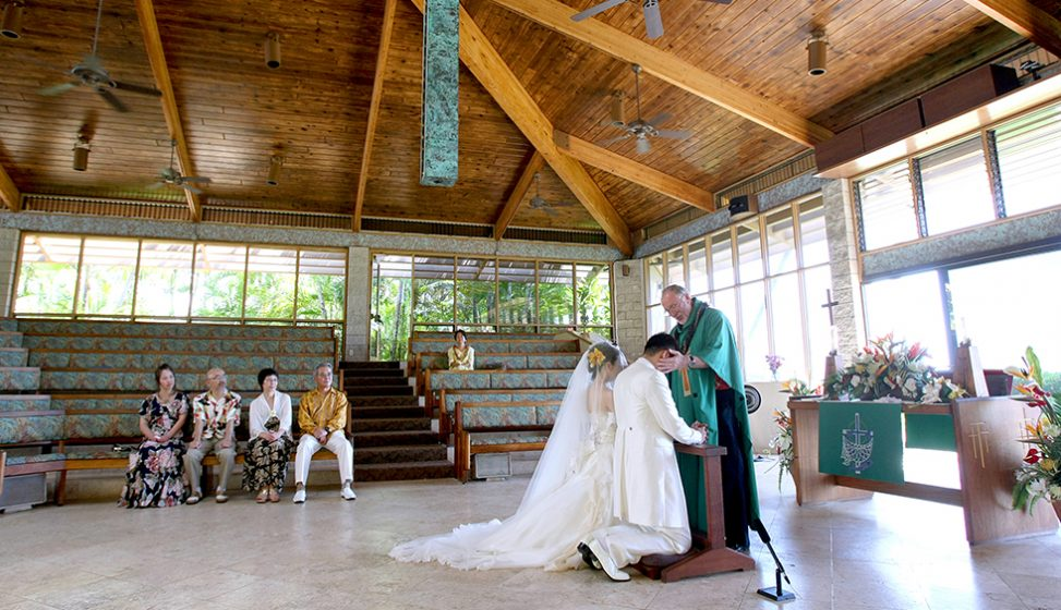 人気リゾート結婚式|キャリバリー・バイ・ザ・シー教会|B