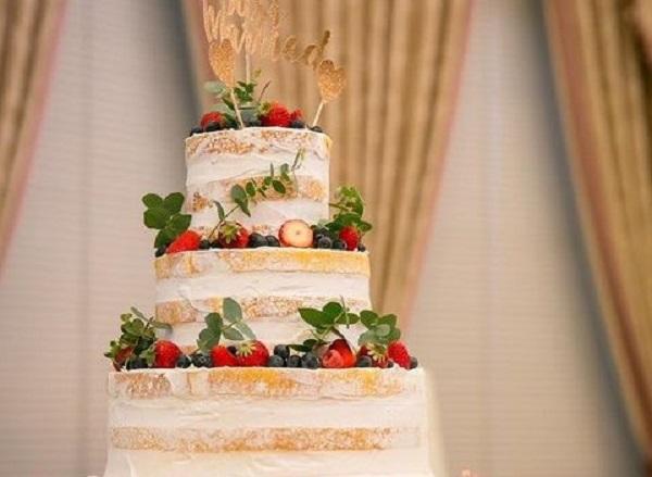 ネイキッドケーキ|結婚式|札幌|結婚式場探し