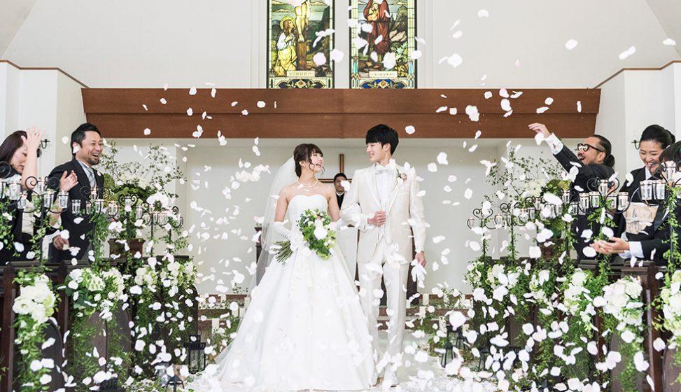 札幌の人気結婚式場|北湯沢緑の森の教会|森のソラニワ|E