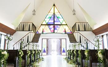 札幌の人気結婚式場|北湯沢緑の森の教会|森のソラニワ|K