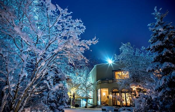 ジャルダンドゥボヌール|札幌|結婚式|ガーデンウエディング|幸せの庭|札幌コンシェル|冬ウエディング