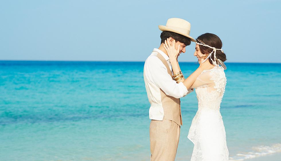 人気リゾート結婚式|奏・葵の教会|j